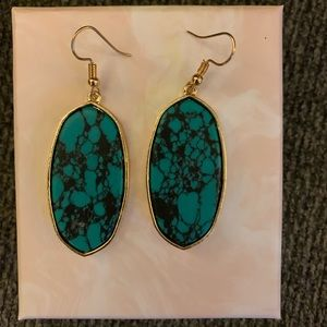 Jewelry - Earrings bnwt never worn